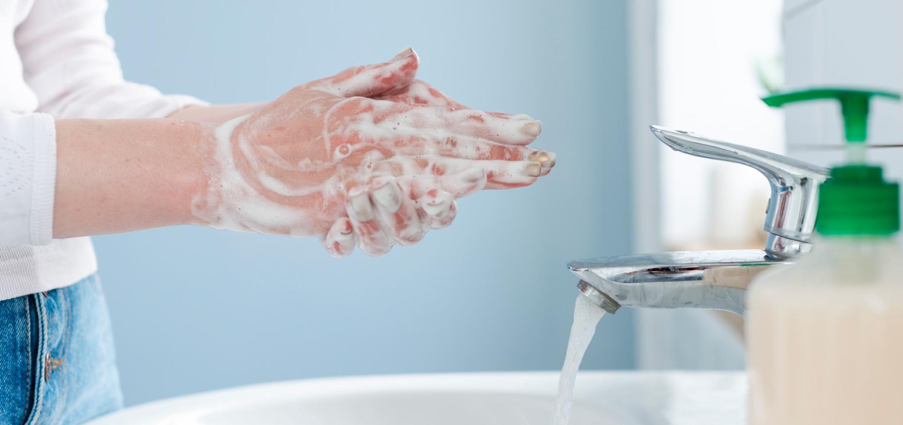 laviamo le mani covid19
